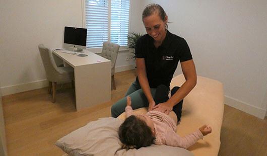 Osteopathie bij Kinderen Nele Vrolix Bilzen en Oudsbergen
